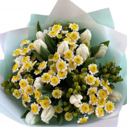 Bouquet of Chrysanthemums and tulips