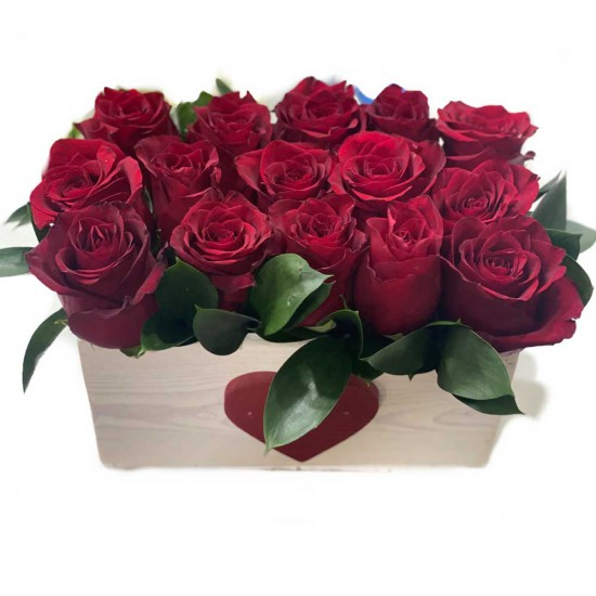 15 Red Roses in the Wood Box