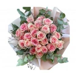 Bouquet of 25 Roses, Eucalyptus