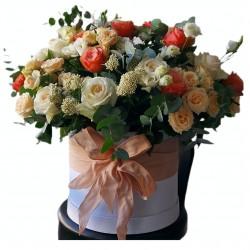 Box of Roses, Spray Roses, Garden Roses, Eustoma