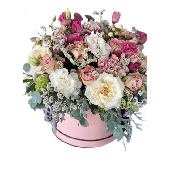 Box of Roses, carnations, Eustoma