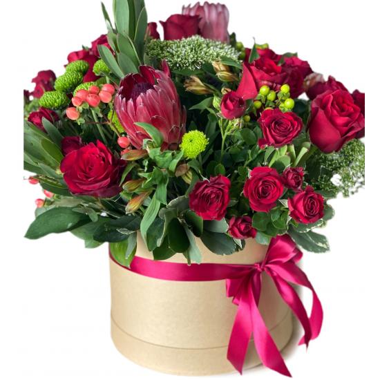 Box of roses, Spray roses, protea, hypericum