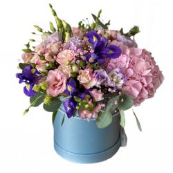 Box of Hydrangea, Eustoma and Spray roses